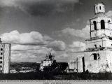 Вид на колокольню Вознесенского монастыря.